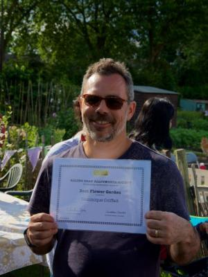 EDAS open day - Best flower garden award winner