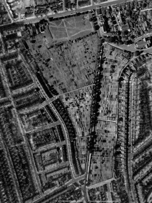 An aeriel view from 1945 where the allotment is both sides of Northfields Avenue - the eastern portion being around one third of the total